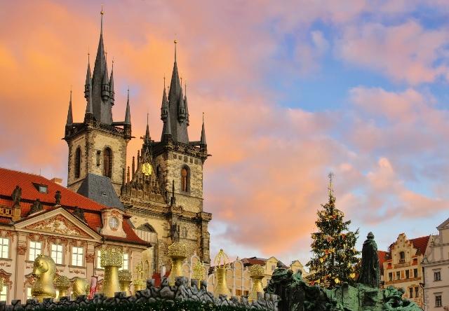 Čarolija srednjovjekovnog Adventa: Prag, Budejovice, Krumlov