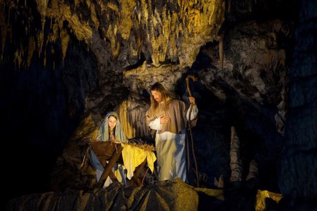 Božićna priča u Postojnskoj jami