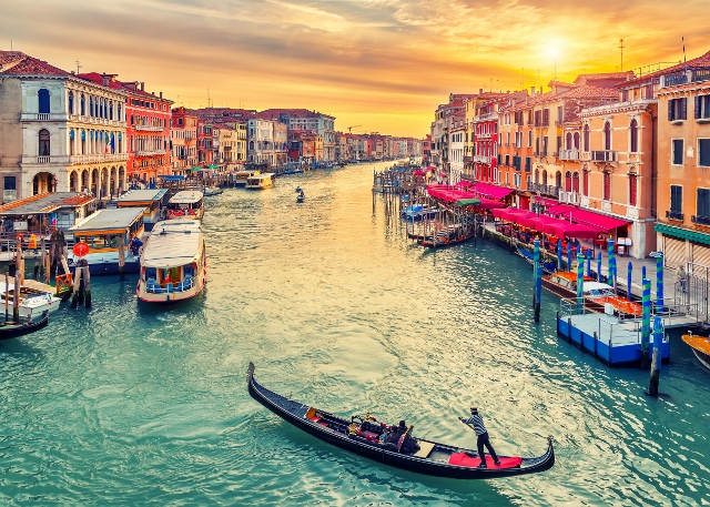 Festival stakla i izložba ''Pablo Picasso'' u Veneciji