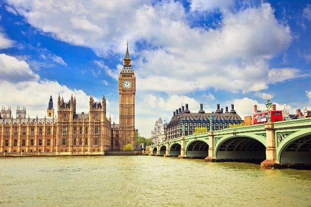 London, 4 dana