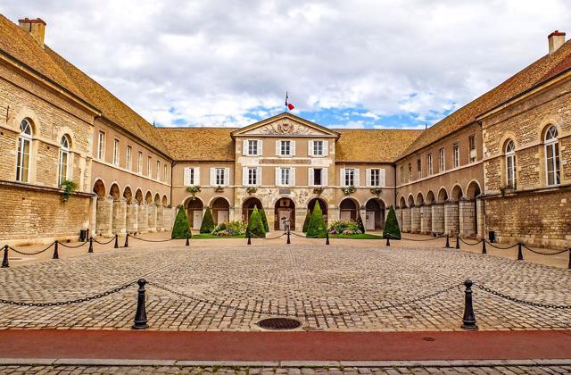 Dijon i Burgundija, Uskrs