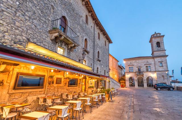 Advent u San Marinu, Ravenni i Padovi